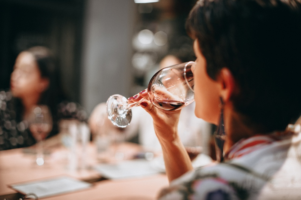 A Glass of Wine Can Give You These Health Benefits