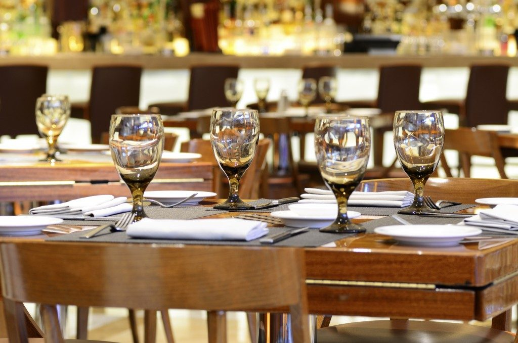 Hotel restaurant dining concept